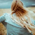 Liikunta vapauttaa mielihyvähormoneja ja torjuu masentunutta mielialaa.
