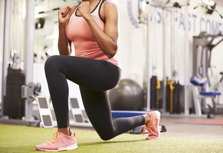 juoksijan lihaskunto: askelkyykky