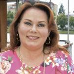 Nina Mikkonen on menettänyt vuoden sisään kolme läheistään.