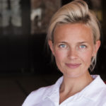 Solsidan-tähti Josephine Bornebusch ohjasi ensimmäisenä työnään Lasse-Maijan etsivätoimisto: Ensimmäinen arvoitus -lastenelokuvan.