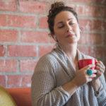 Hengitysharjoitukset voivat auttaa selättämään ahdistuksen.