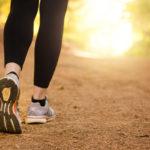 Liikuntaraportti kertoo, että otamme liian vähän askelia päivässä. Askelmäärää saa helposti kasvatettua kävelylenkkeilyllä.