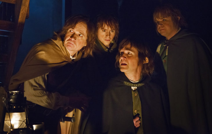 Hannes Suominen näyttelee Taru Sormusten herrasta -näytelmässä Sam-hobittia.