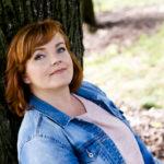 Nina Tapion esikoistytär, 21-vuotias Ada Forsberg, on ammatiltaan sirkustaiteilija.