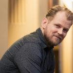 Antti Luusuaniemi ei ole lainkaan sitoutumiskammoinen, toisin kuin hänen Syke-roolihahmonsa Max Hansson.