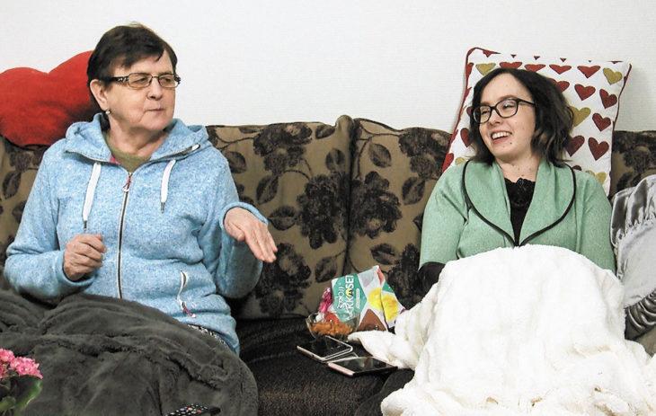 Sohvaperunat Marja ja Eija