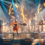 SuomiLove-konsertin musiikista vastaa tähtiartistien lisäksi Ako Kiiskin johtama Loveband solisteineen.