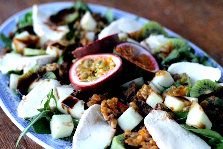 ylellisen ihana passionhedelmäsalaatti